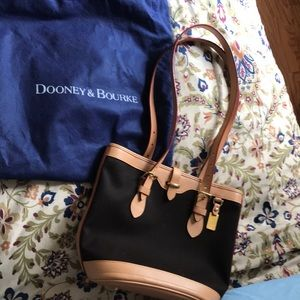Vintage Dooney & Bourke brown bucket bag